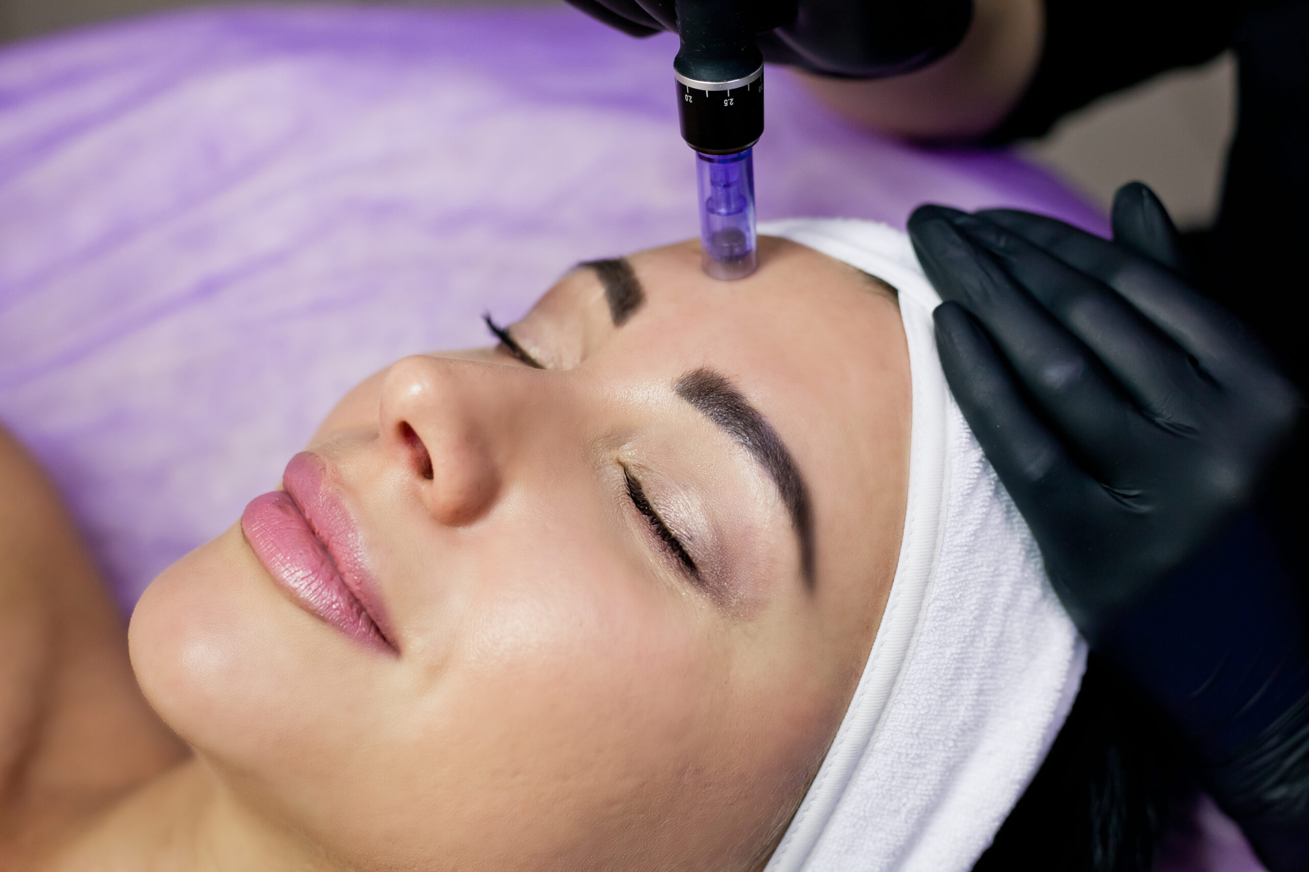 Anti-aging FaceTreatments being taught