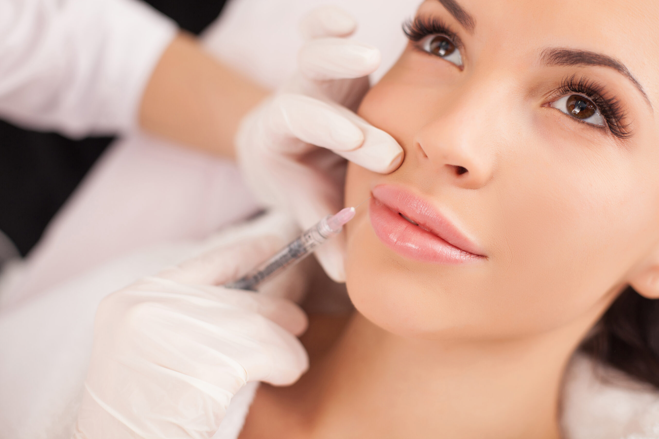 Models used to illustrate aesthetic treatments